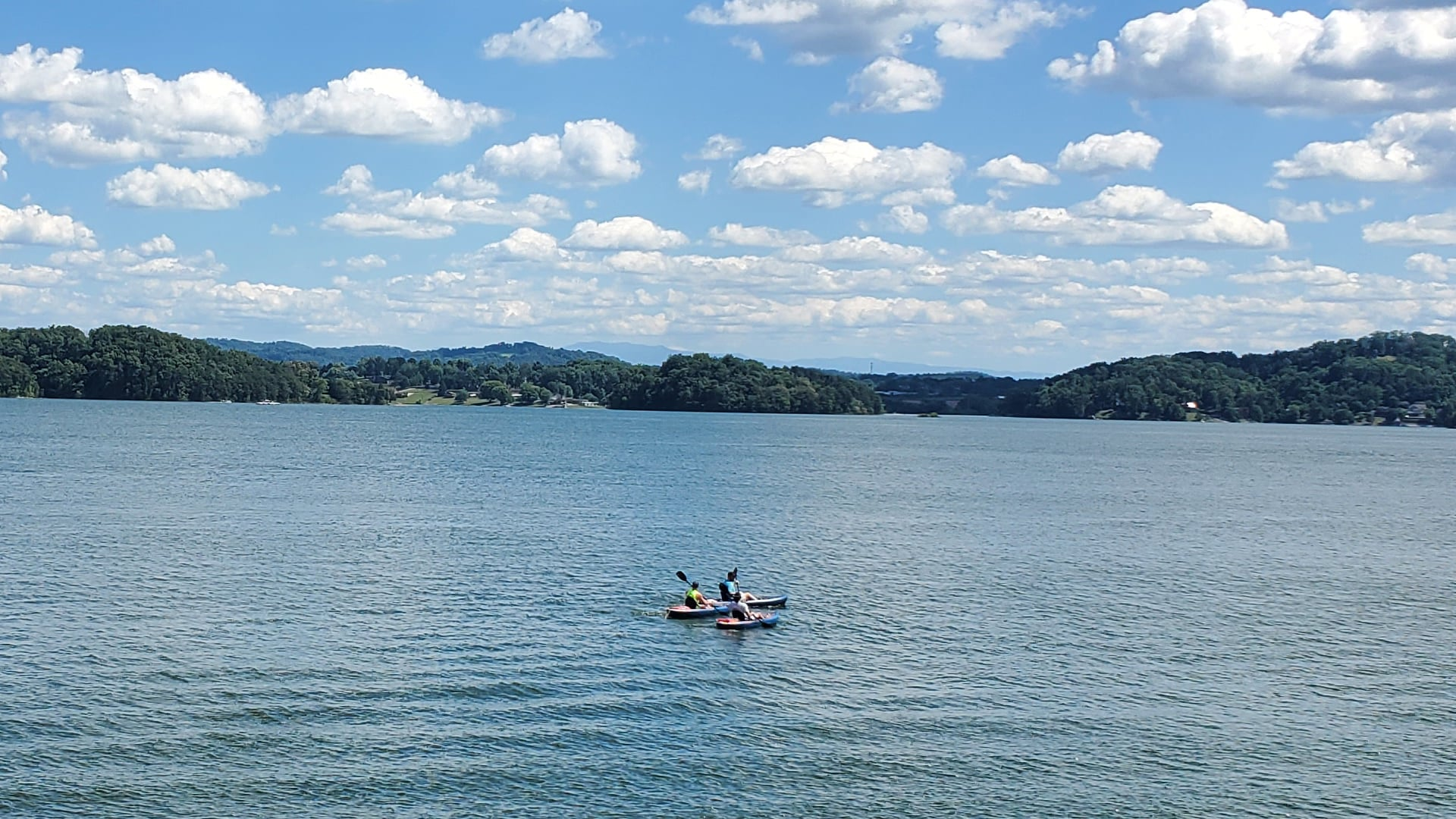 cherokee lake kayaking
